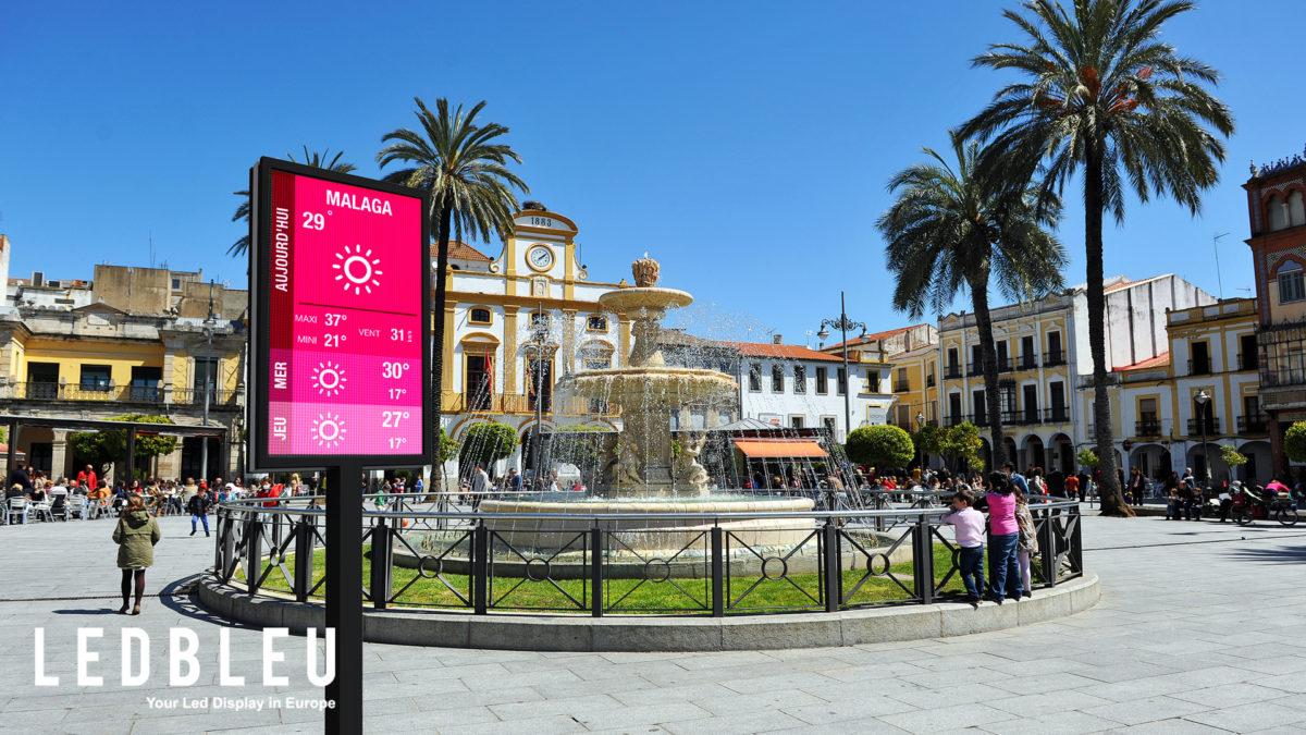 Ecran monopied exterieur mairie Malaga