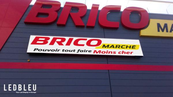 Ecran led exterieur facade Neufchateau