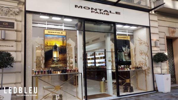 Écran publicitaire vitrine haute luminosité de 5500 candélas - Parfums Montale Paris