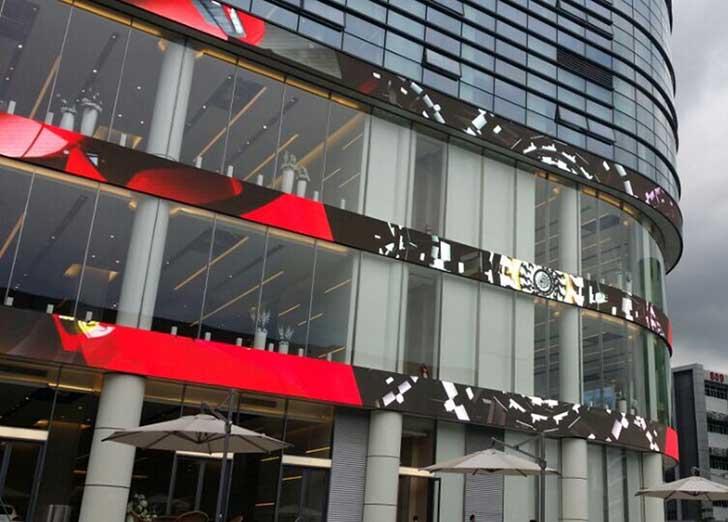 ecran géant facade