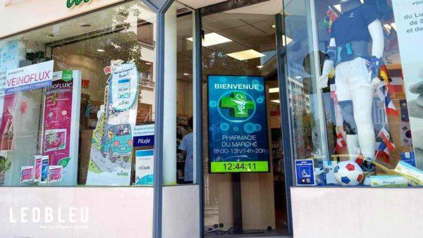 Écran publicitaire pharmacie lcd haute luminosité