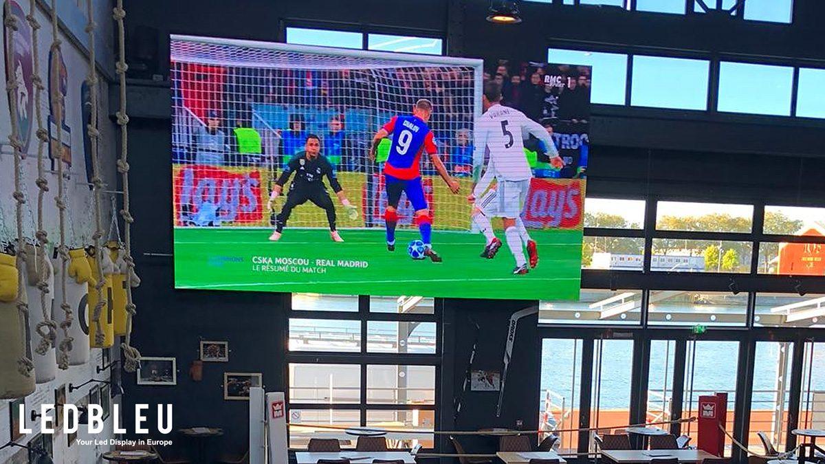 l'écran géant led indoor du Novicks stadium sport de rouen
