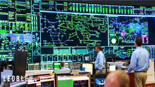 Mur led pour salle de surveillance et de contrôle
